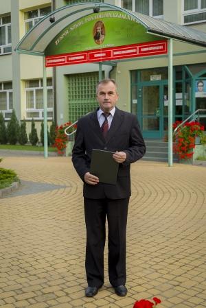 Dyrektor Szkoły Leszek Rozbicki